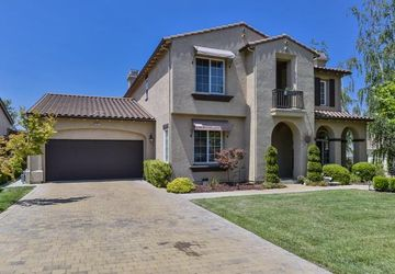 7571 Troon Court GILROY, CA 95020