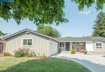 1263 Redwood Dr Concord, CA 94520