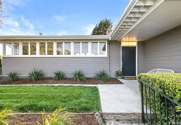 214 Lake Drive Kensington, CA 94708