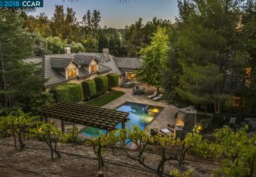 375 La Casa Via Walnut Creek, CA 94598