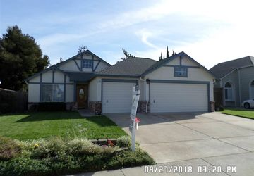 1749 Domaine Way Oakley, CA 94561