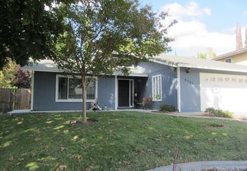 8061 Poulson St Citrus Heights, CA 95610