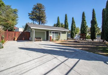 923 Alberni Street East Palo Alto, CA 94303