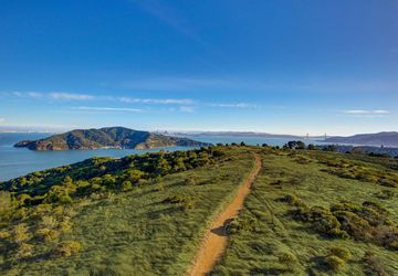 624 Ridge Road Tiburon, CA 94920