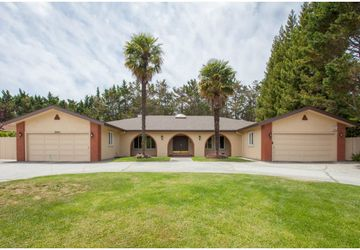 2925 CHURCHILL Drive Hillsborough, CA 94010