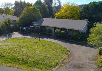 850 Dry Creek Road Healdsburg, CA 95448