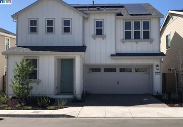 649 Olympic HAYWARD, CA 94544