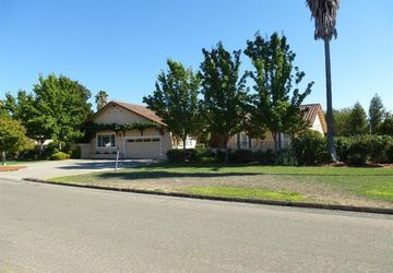 90 Merner Drive Windsor, CA 95492