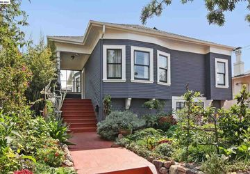 633 56TH ST STREET OAKLAND, CA 94609-1605