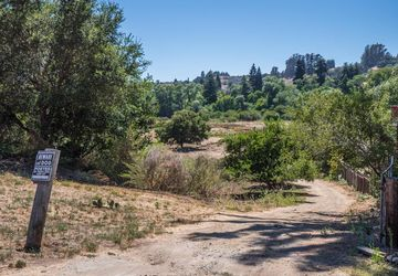 4077 Cherryvale AVE SOQUEL, CA 95073