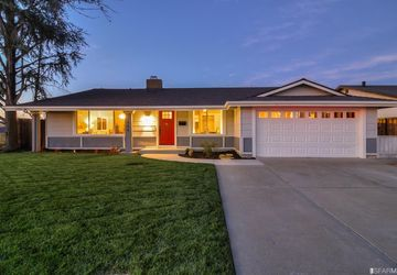 1446 Berlin Way Livermore, CA 94550