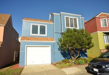 864 Portola Drive San Francisco, CA 94127