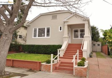 6526 Tremont St OAKLAND, CA 94609