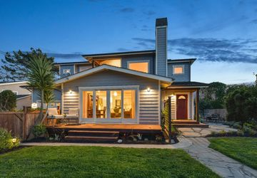 856 Park Avenue MOSS BEACH, CA 94038