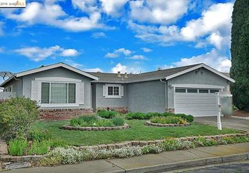 222 Alvarado Ave PITTSBURG, CA 94565