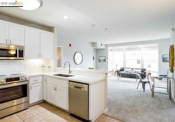 655 12th St # 305 OAKLAND, CA 94607