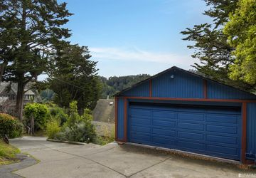 71 Tamalpais Avenue Mill Valley, CA 94941