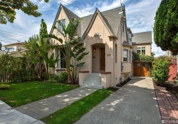 969 Pearl Street Alameda, CA 94501