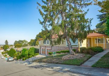 423 West 38th Avenue SAN MATEO, CA 94403