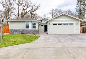 424 Grove Street Willits, CA 95490