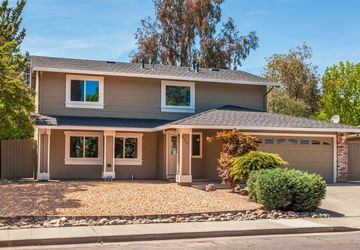 2715 Elmhurst Circle Fairfield, CA 94533