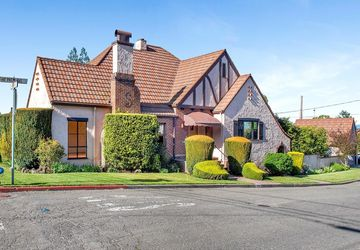 7290 Palm Avenue Sebastopol, CA 95472
