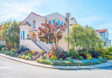 2 Rosewood Drive San Francisco, CA 94127