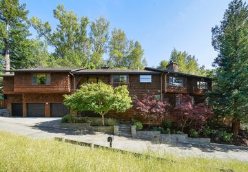 215 Benson Circle Mill Valley, CA 94941