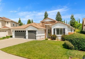 1932 Bosbury Way Roseville, CA 95661
