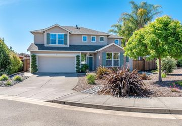 309 Cottage Court Cloverdale, CA 95425