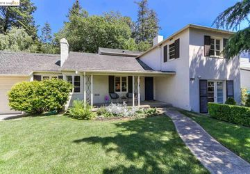 1932 Asilomar Oakland, CA 94611