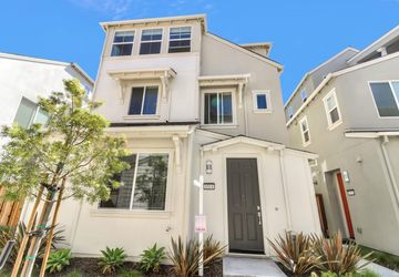 8514 Bayshores Avenue Newark, CA 94560
