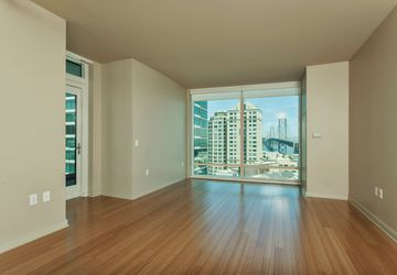 425 1st St #1208 San Francisco, CA 94105