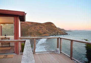 320 Pacific Way Muir Beach, CA 94965