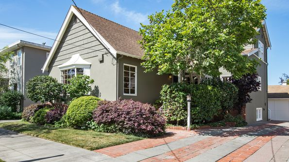 2940 Piedmont Ave BERKELEY, CA 94705