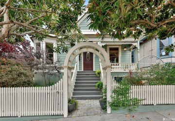 364 Crescent Avenue San Francisco, CA 94110