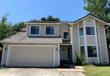 957 Vernie Court Cupertino, CA 95014