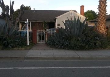 2276 University Avenue East Palo Alto, CA 94303