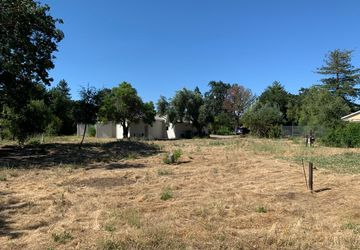 1394 Munro AVE CAMPBELL, CA 95008