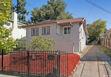 2208 East 29th Street Oakland, CA 94606