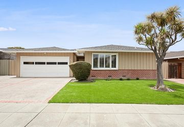 628 Harvester Drive Foster City, CA 94404