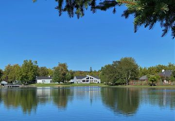 9692 Lakewood Drive Windsor, CA 95492