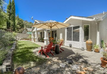 265 Red Mountain Drive Cloverdale, CA 95425