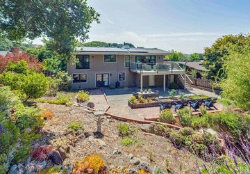 11 Underhill Road Mill Valley, CA 94941