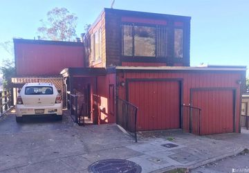 301 Crestmont Drive San Francisco, CA 94131