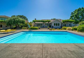 1712 Garnett Creek Court Calistoga, CA 94515