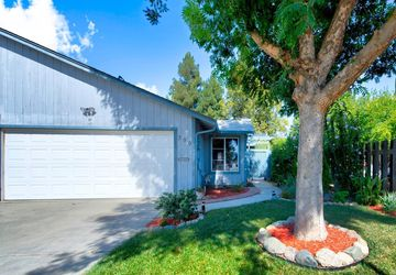 399 East Street Winters, CA 95694