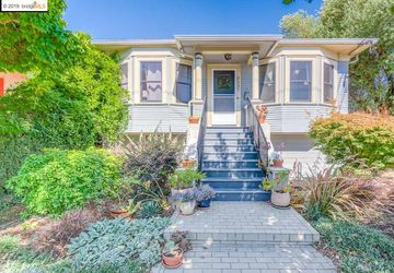 5237 Miles Ave OAKLAND, CA 94618