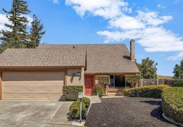 246 Essex Court Benicia, CA 94510