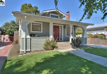 812 56th Street OAKLAND, CA 94608-3228